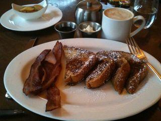 Breakfast 010