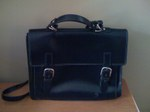 Black_leather_briefcase_w_buckle