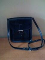 Black_leather_shoulder_bag_w_buckle